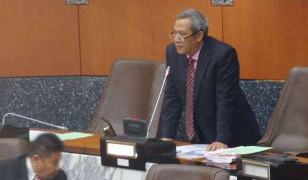 """""""Dasar baik kerajaan persekutuan dan perbelanjaan berjimat cermat melalui belanjawan negara yang dibentangkan Perdana Menteri Datuk Seri Najib Razak, seolah-olah baik dan ditiru kerajaan negeri,"""""""