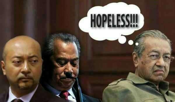 Mahathir - Muhyiddin, Mukhriz Hopeless