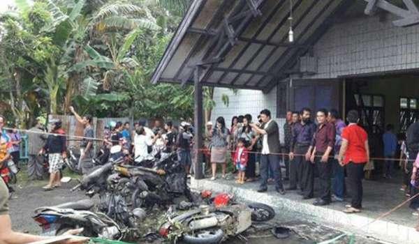 20161113-5-kanak-kanak-parah-gereja-di-kalimantan-dibom