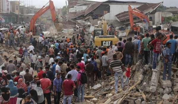 20161208-gempa-bumi-aceh-100-mati