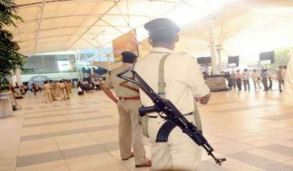 20170111-mumbai-airport-ancaman-bomb