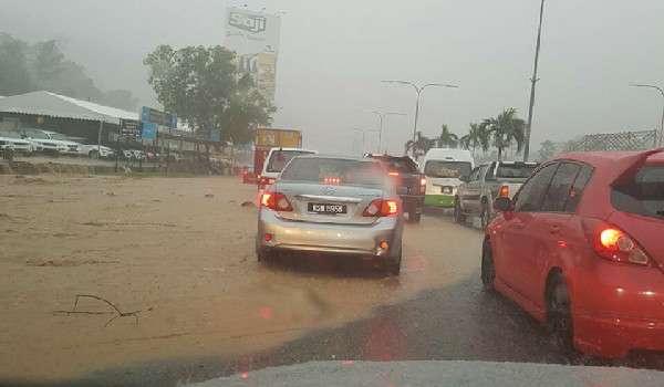 20170117-banjir-lumpur-mrr2-2